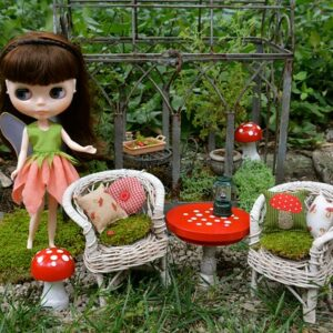 Whats in fairy gardens figurine set