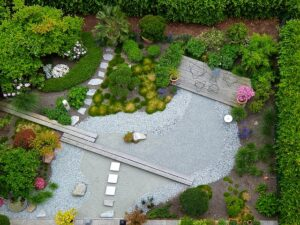 garden-landscaping-1684852_640