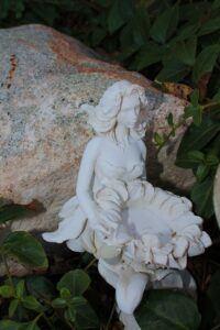 sculpture-1030460_1280