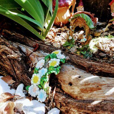 Outdoor fairy garden ideas pathwayOutdoor Fairy Garden Ideas – Yard Magic!❀Fairy Circle Garden