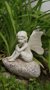 garden-decoration-2507310_1280