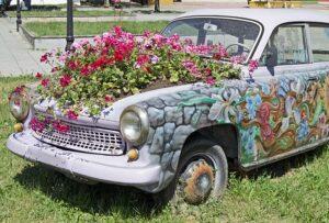 outdoor fairy garden ideas repurposed car planter